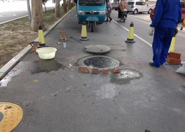复合井盖施工案例